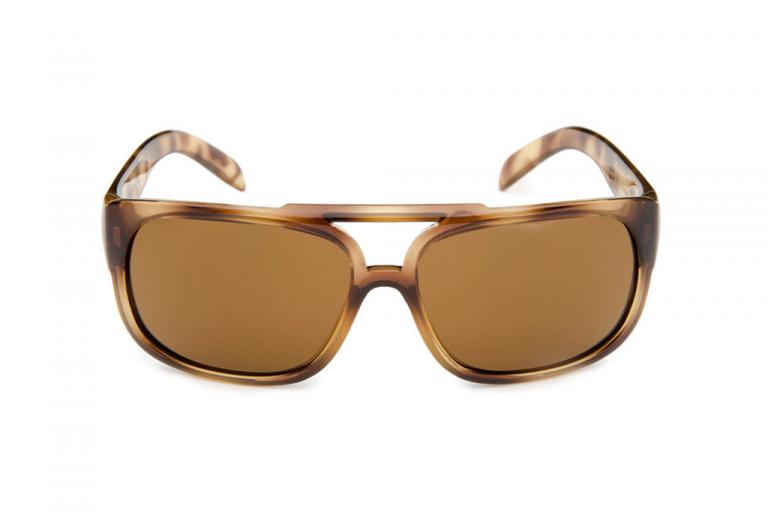 fotografia-lrfilms-produccion-foto-publicidad-marca-casa-productora-creativo-producto-blanco-lentes-gafas-sol